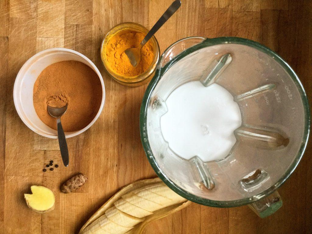 златно мляко кокосово веган закуска чия пудинг