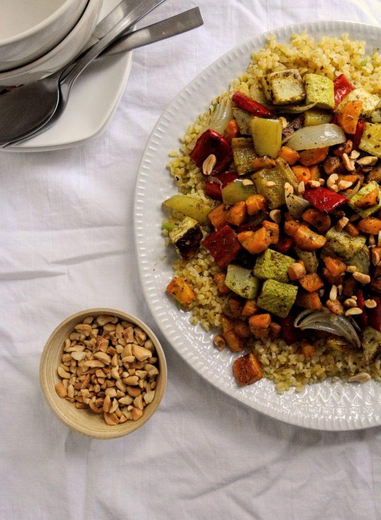 булгур и печени зеленчуци със заатар
